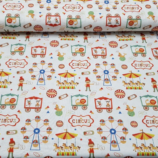 Cotton Circus Fair White fabric - Circus themed cotton fabric with drawings of ferris wheels, horses, tamers, seals, lions, monkeys ... on a white background. The fabric is 150cm wide and its composition 100% cotton.