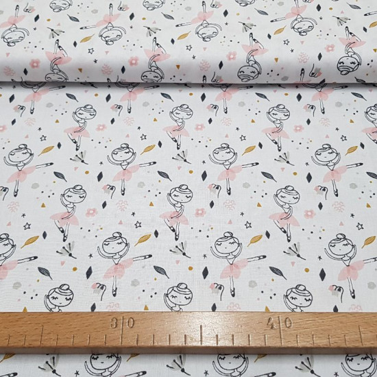 Cotton Tutu Ballerinas fabric - Children's cotton fabric with drawings of ballerinas on a background with drawings of stars, flowers, colored dots... The fabric is 150cm wide and its composition is 100% cotton.
