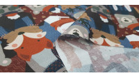 Cotton Christmas Animals Warm Group fabric - Christmas organic cotton fabric with drawings of animals warm with hats and scarf. The fabric is 150cm wide and its composition is 100% cotton.