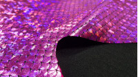 Foil Jersey Mermaid Scales fabric - Black jersey fabric with mermaid scales laminate in some colors with changing effect. It is a fabric that has elasticity and is ideal for costumes, dance clothes … The fabric is 140cm wide and its composition is