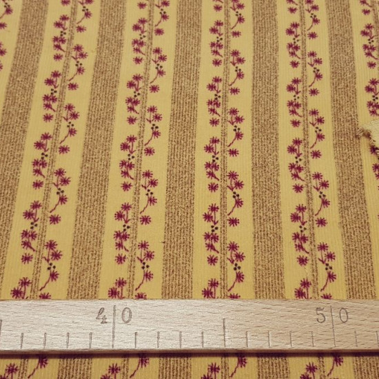 OUTLET Microcorduroy Stripes Floral fabric - Cotton Microcorduroy fabric with stripes and flowers on a makeup / sand background. The fabric is 90cm wide and its composition 100% cotton.