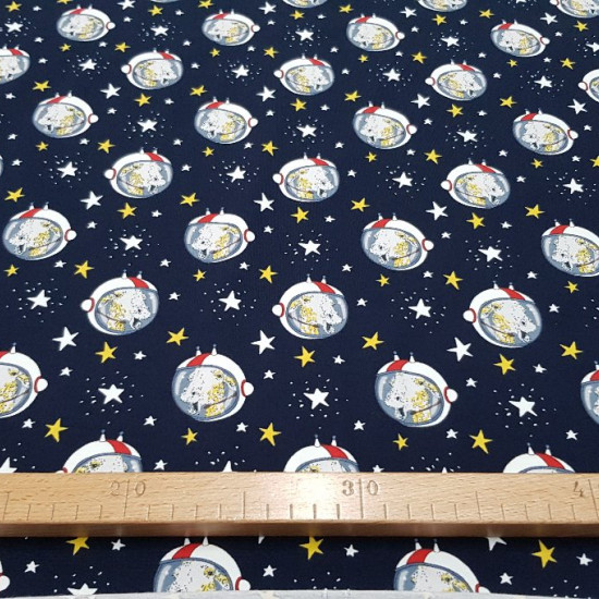 Cotton Jersey Panel Giraffe Astronaut fabric - Cotton jersey panel designed by BIPP Design® in which there are 3 designs in the same piece with drawings of astronaut and star giraffes.