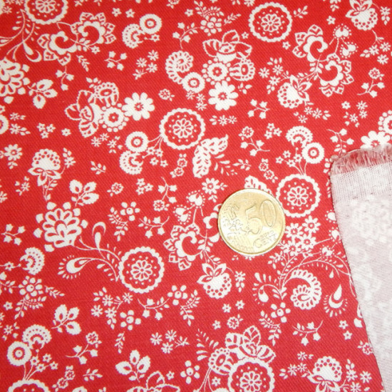 Viella Flowers Red White fabric - Viella fabric printed with white floral motifs on a red background. The fabric is 150cm wide and its composition is 60% polyester - 40% cotton.