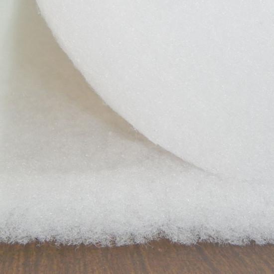 Wattine Fiberfill 200g fabric - Fiber fabric that is used as a padding for pillows, cushions, costumes ... and also in Patchwork crafts. It has a weight of 200g/m2